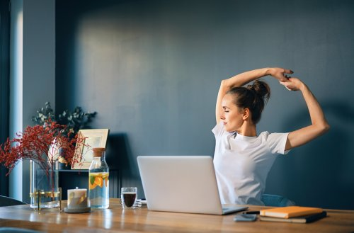 Morning Stretches To Boost Mobility If Your Neck, Back, and Hips Ache First Thing When You Wake Up