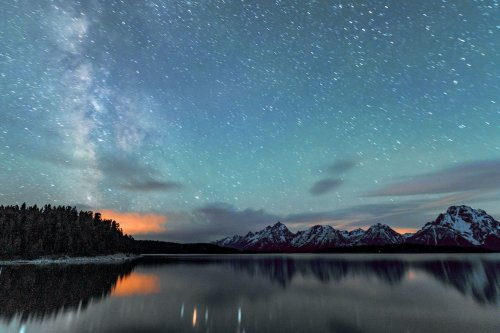 The 10 Best Stargazing Destinations in the U.S.—And Where To Stay at Each