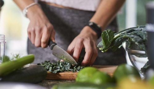 These Are the Knives a 3-Time 'Chopped' Winner Says Everyone Should Have in Their Kitchen