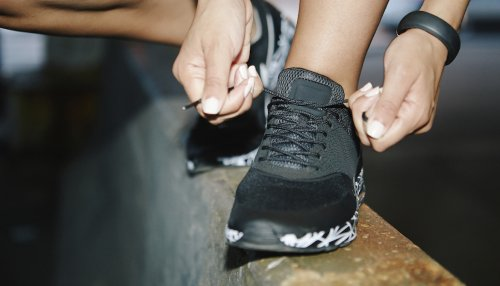 3 Sneakers a Podiatrist Always Recommends to People With Foot Pain