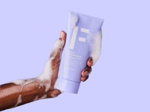 The New Zitsticka Body Wash and Exfoliator Will Keep the Skin Below Your Chin Acne Free