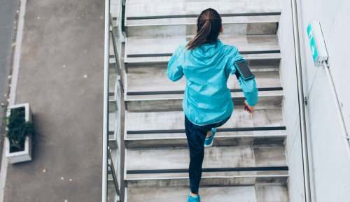 'I'm a Cardiologist, and This Is What Walking Up 4 Flights of Stairs Can Tell You About Your Heart Health'
