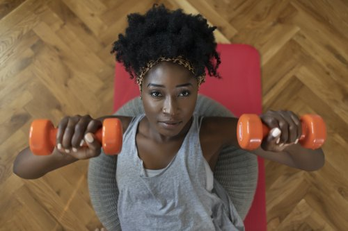 7 Beginner Dumbbell Exercises That Will Work Your Entire Body In Your Living Room
