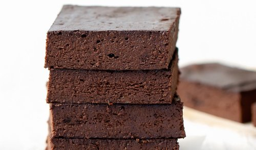How To Make Anti-inflammatory Almond Butter Brownies With Just 3 Ingredients