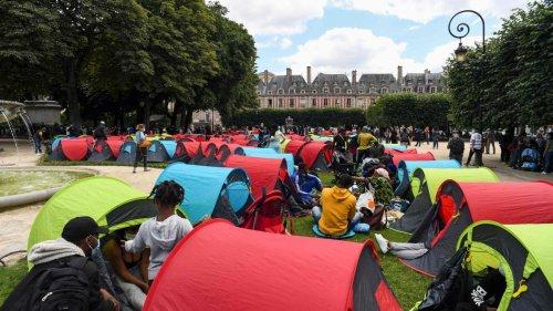 Obdachlose protestieren mit Zeltlager in Pariser Nobelviertel