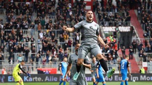 St. Pauli stürmt mit überzeugendem Sieg am HSV vorbei