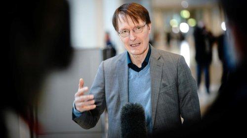 Karl Lauterbach erwartet Absage der Fußball-EM