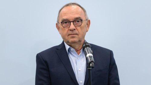 Finanzierung der Ampel-Pläne durch Kredite denkbar, sagt Walter-Borjans
