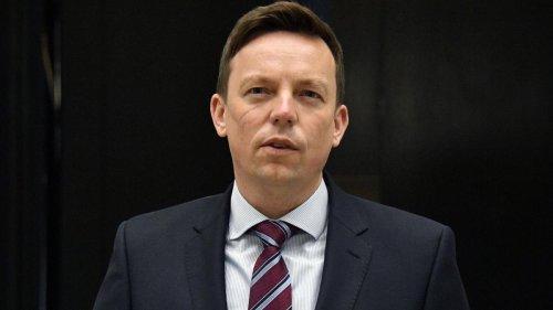 Ministerpräsident Hans fordert Nachteile für Impfverweigerer – Dreyer für neuen Warnwert
