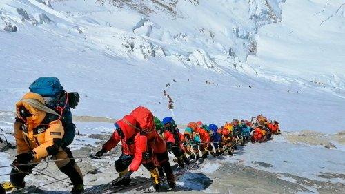 Der Ansturm auf den Mount Everest hat begonnen