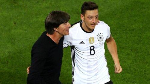 Nach drei Jahren Funkstille wünscht sich Özil einen Besuch des Bundestrainers