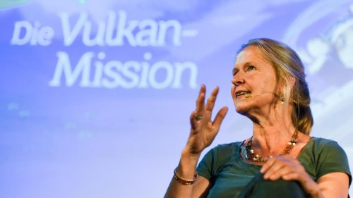Cornelia Funke entschuldigt sich bei Kindern für Klimawandel