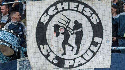 Rostocks Fans hängen Schweineköpfe in Hamburg auf