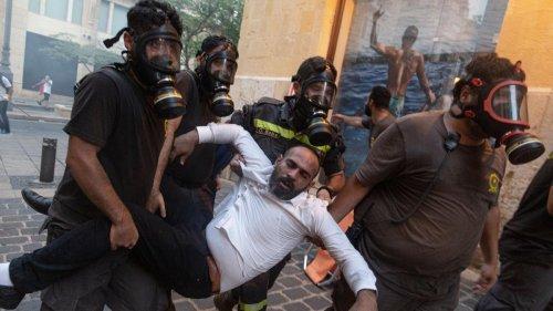 Jahrestag der Explosionskatastrophe in Beirut eskaliert in Gewalt