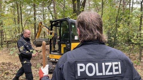 Wie Berlins Polizei nach verscharrten Kollegen sucht