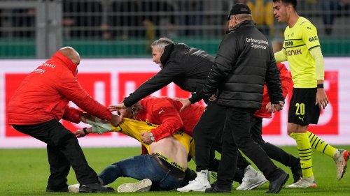 """""""Brauchen eine Lösung"""" - BVB-Trainer Rose warnt vor Flitzern"""