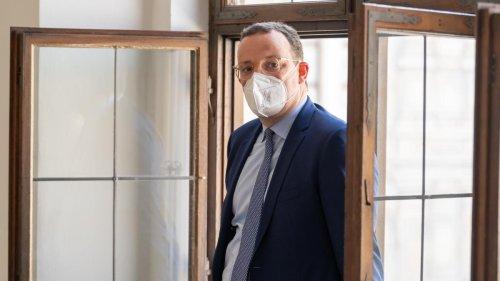 Gesundheitsministerium soll dreizehnmal so viele FFP2-Masken wie nötig bestellt haben