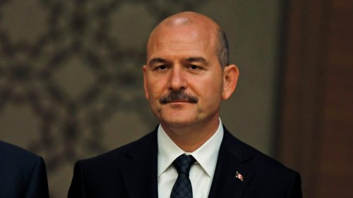 Türkei bestellt zehn Botschafter ein