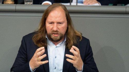 """""""Trauriges Schauspiel"""" - Hofreiter kritisiert Klimaschutz-Streit von Laschet und Söder"""