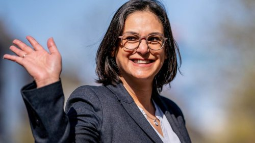 Die erste Muslimin, die Ministerpräsidentin werden will