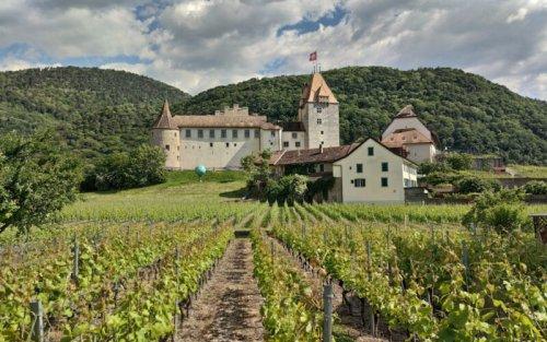 Schweizer Rhônetal mit dem Motorrad: 3 coole Ausflugsideen