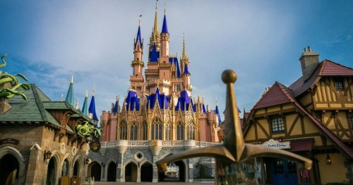 Disney Employees Revolt, March on Park in Protest of Vaccine Rule