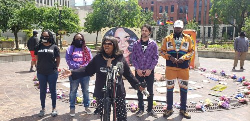 Louisville Protesters Seek Forum On Policing, Breonna Taylor Memorial – 89.3 WFPL News Louisville