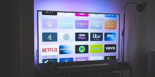 What's the Best Live TV Streaming Service? 6 Options, Compared