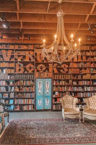10 Best Bookstores in San Diego to Visit