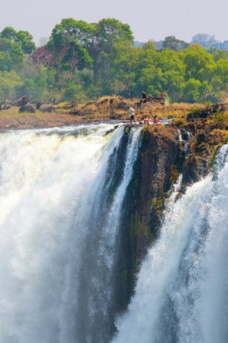 3 days to fall in love with Victoria Falls and its surroundings