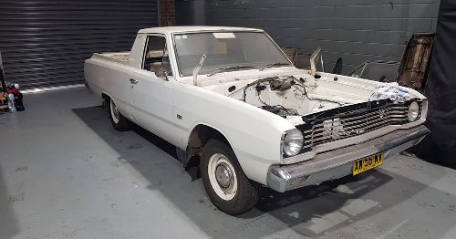 VIDEO: Pulling down a 318ci Chrysler V8 – VE Valiant ute build part two – Carnage