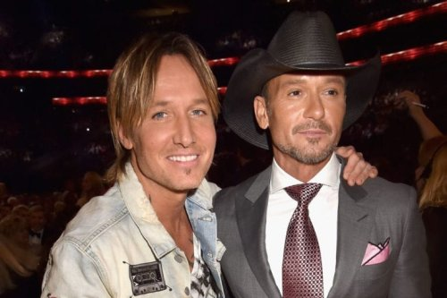 11 Country Artists Who Don't Drink Alcohol