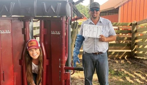 Is This The Most Redneck Baby Announcement Picture You've Ever Seen?