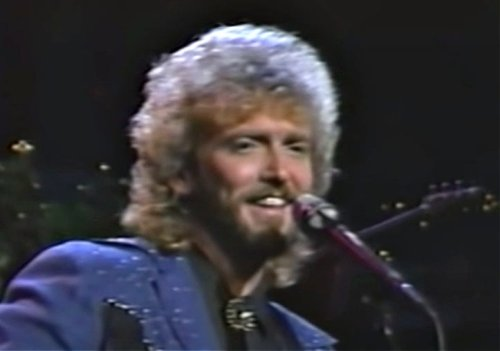 "Keith Whitley's Live Performance Of ""Don't Close Your Eyes"" Is OUT OF THIS WORLD"