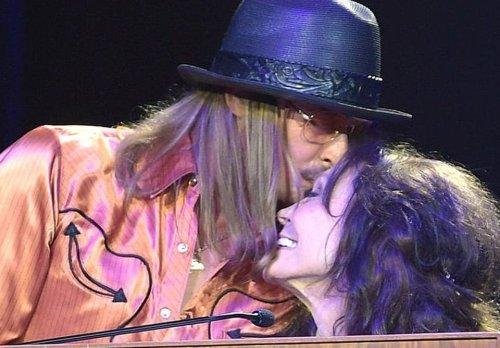 "Loretta Lynn Clears The Air On Kid Rock Marriage: ""It Didn't Last Long But It Sure Was Fun"""