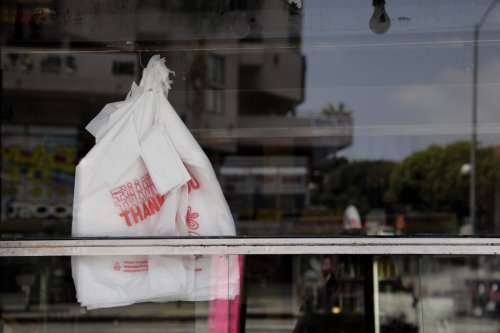 After long delays, Philly plastic bag ban starts phase in next month