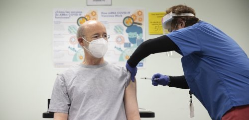 Gov. Tom Wolf gets his first COVID-19 vaccine dose