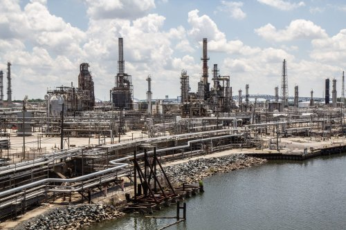 Cancer-causing benzene continues to flow from PES refinery complex