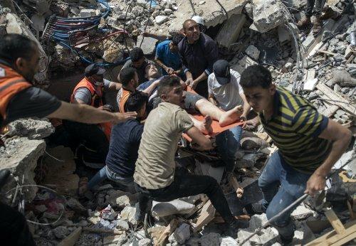 Israeli airstrikes kill 33 people, topple buildings in Gaza City