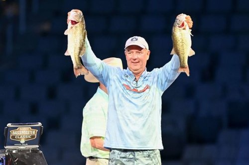 Hank Cherry Jr. Takes Day 2 Lead in Bassmaster Classic