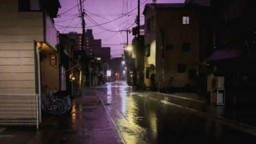Ein Gewitter-Spaziergang durch Osaka bei Nacht