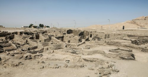 Archaeologists Unearth a 'Lost Golden City' in Egypt
