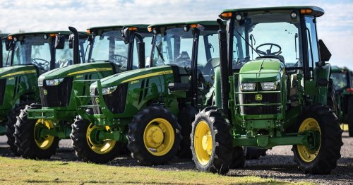 John Deere Just Swindled Farmers Out of Their Right to Repair