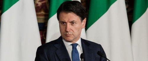 """Cosa sono le """"fasi"""" due e tre che il governo immagina per la riapertura dell'Italia"""