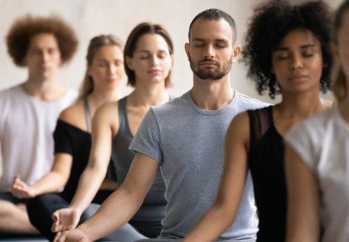 Meditationseffekt spiegelt sich im Haar wider