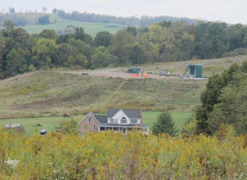 Fracking chemicals are showing up in bodies of people who live near drilling, research finds | StateImpact Pennsylvania