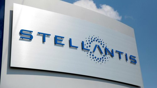Stellantis hebt nach Gewinnsprung Renditeziel an