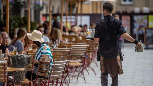Deutsches Gastgewerbe im August weiter auf Erholungskurs nach Coronakrise