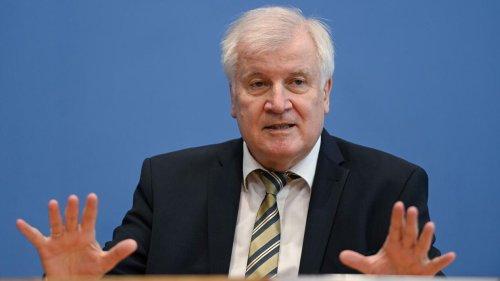 Innenminister Seehofer äußert Verständnis für Zäune an EU-Ostgrenze