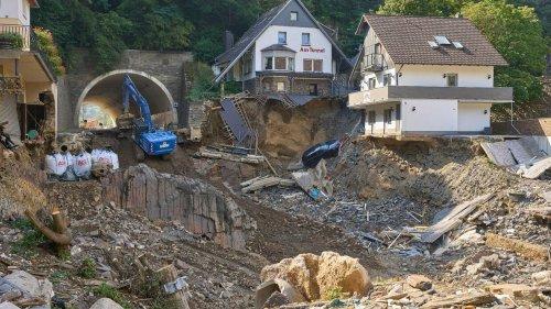 Bundestag beschließt 30-Milliarden-Fonds für Flutopfer